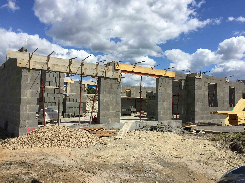 Constructeur maison sarthe maison moderne for Site constructeur