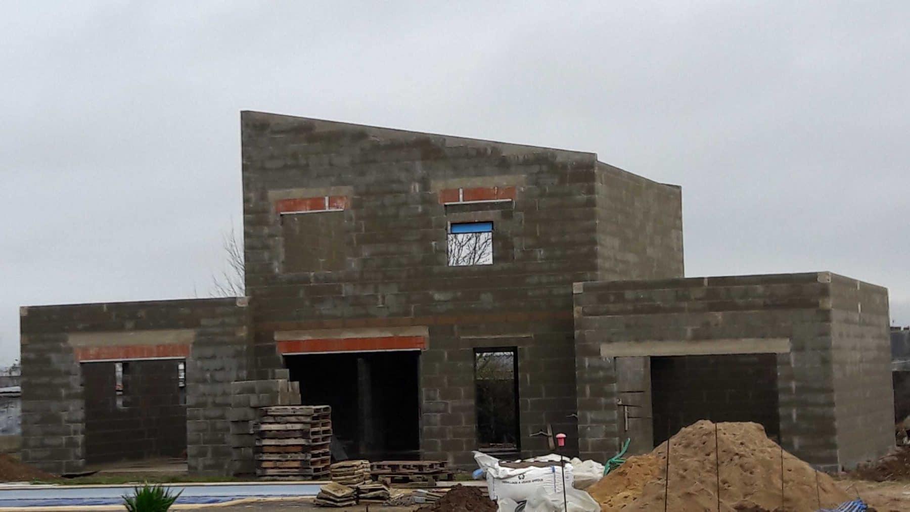 d marrage d une nouvelle construction sur sambin construire sa maison pas cher constructeur. Black Bedroom Furniture Sets. Home Design Ideas